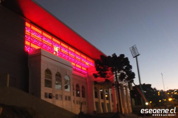 [FOTOS] Se hizo la luz en el nuevo estadio Elías Figueroa Brander