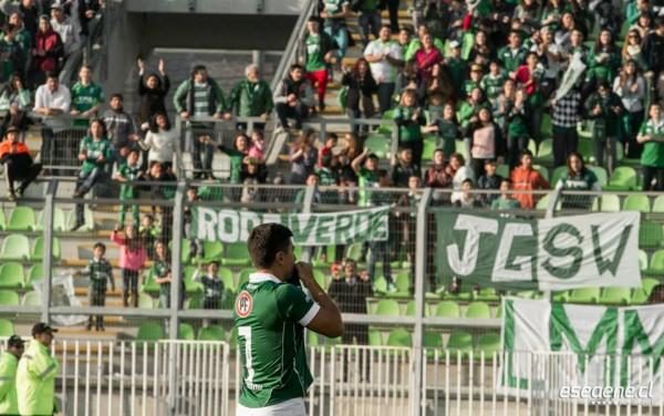 David Pizarro tuvo una emocionante bienvenida en el Elías Figueroa