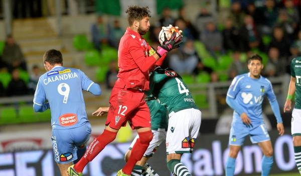 Wanderers en un opaco partido empata con O'Higgins y lo deja con la primera opción