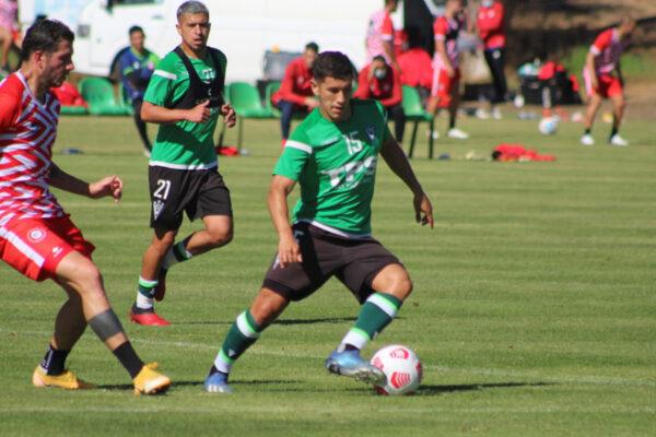 Wanderers prepara el retorno a la competencia venciendo a Calera